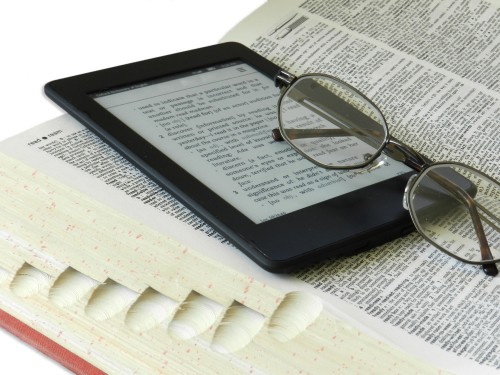 Olvasás szeretete: könyv vagy e-book olvasó?