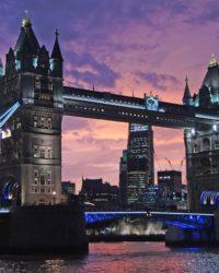 Így tud Londonban is magyar nyelvű fogorvosi ellátásban részesülni