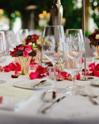 Miért ne kérne segítséget egy esküvői rendezvényszervezőtől?